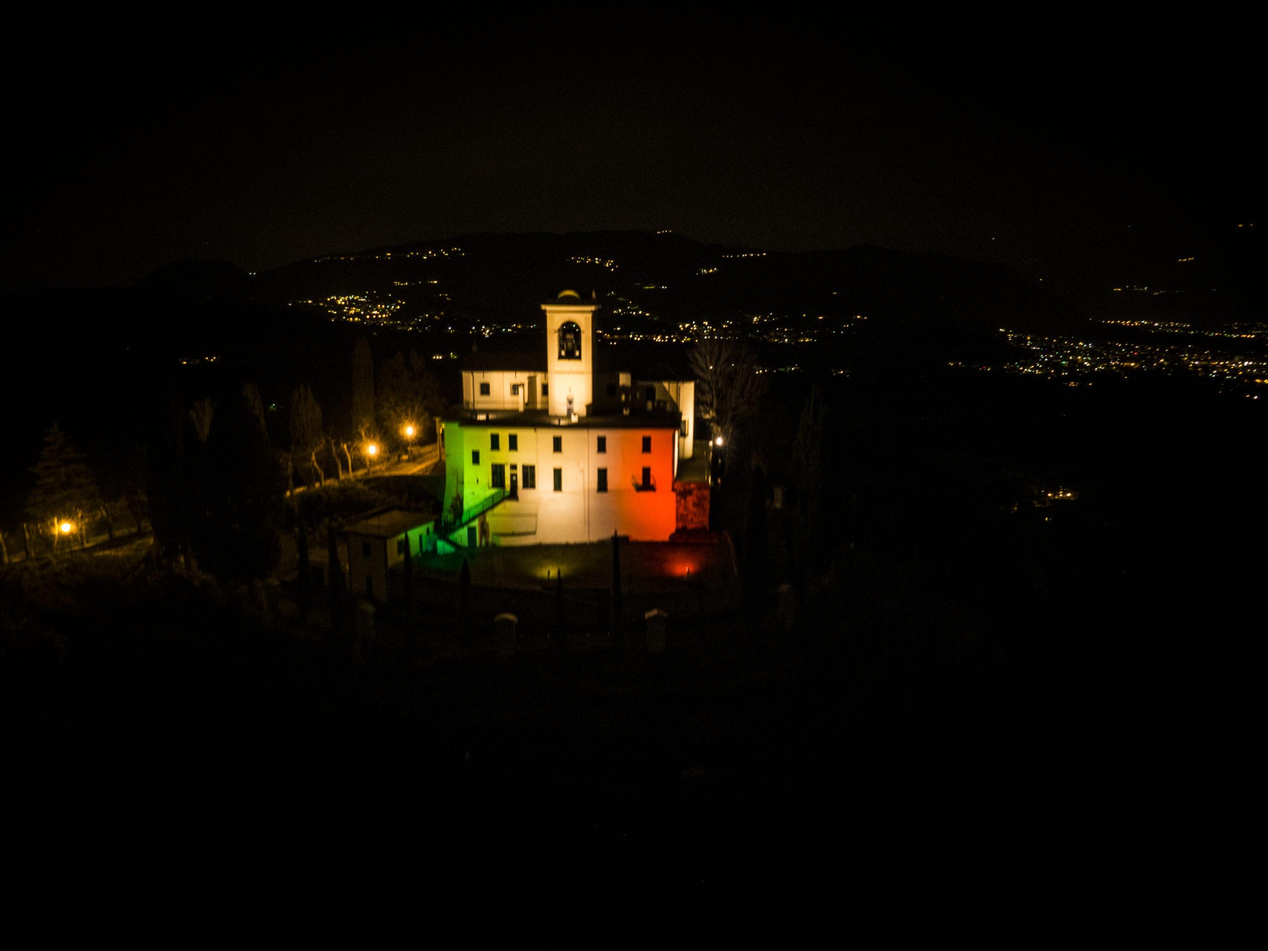Tricolore a Montevecchia